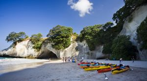 Hahei Kayaking Cathedral Cove