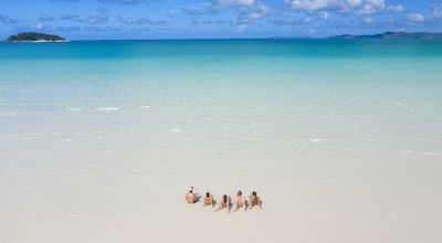 Whitsundays beach 400x220