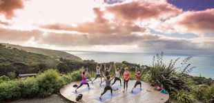 raglan inspiration point yoga thumb